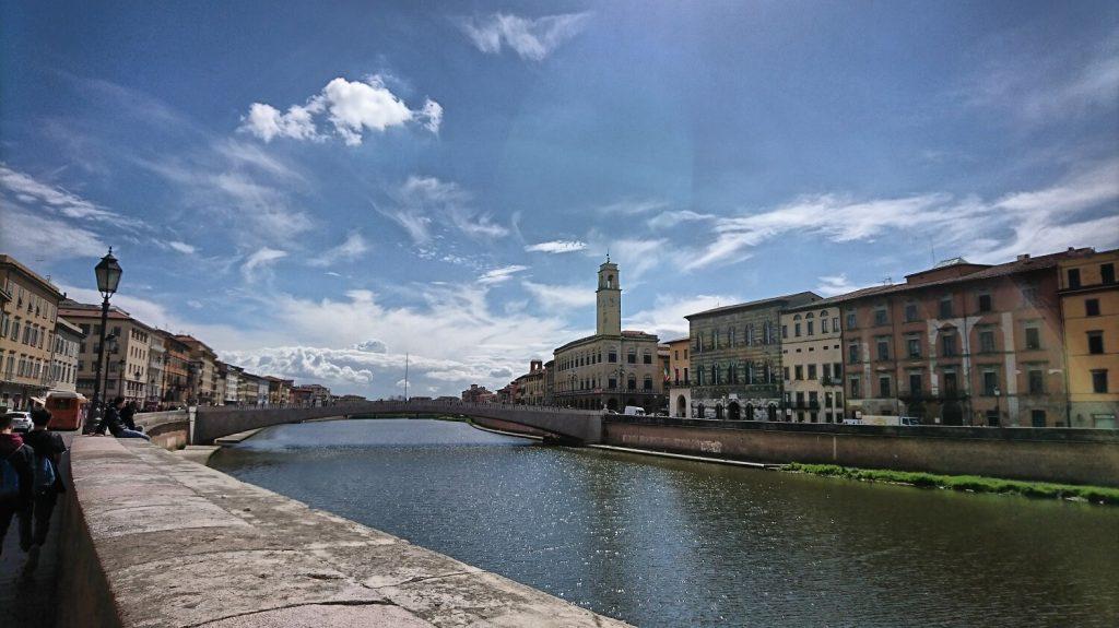 Rio Arno, vista Piazza centrale