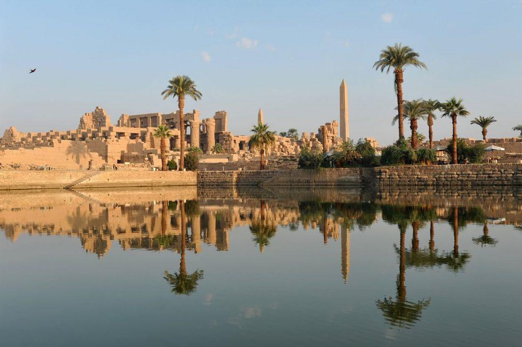 Rio Nilo visto da cidade de Karnak, Vale dos reis, Cairo