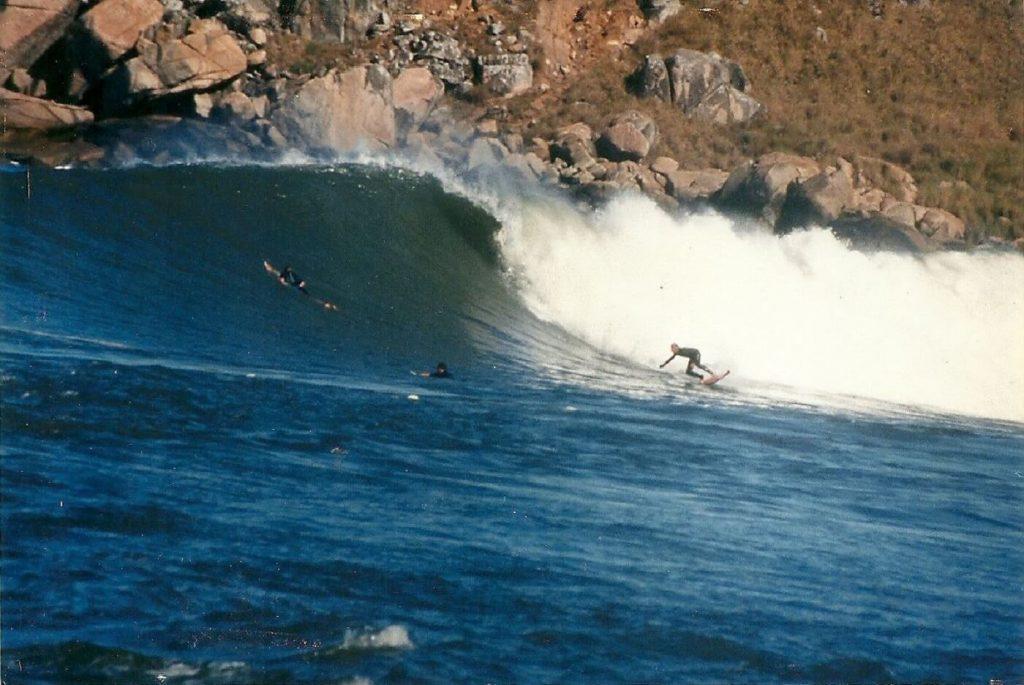 Surfe Roberto Perdigão em Imbituba-sc