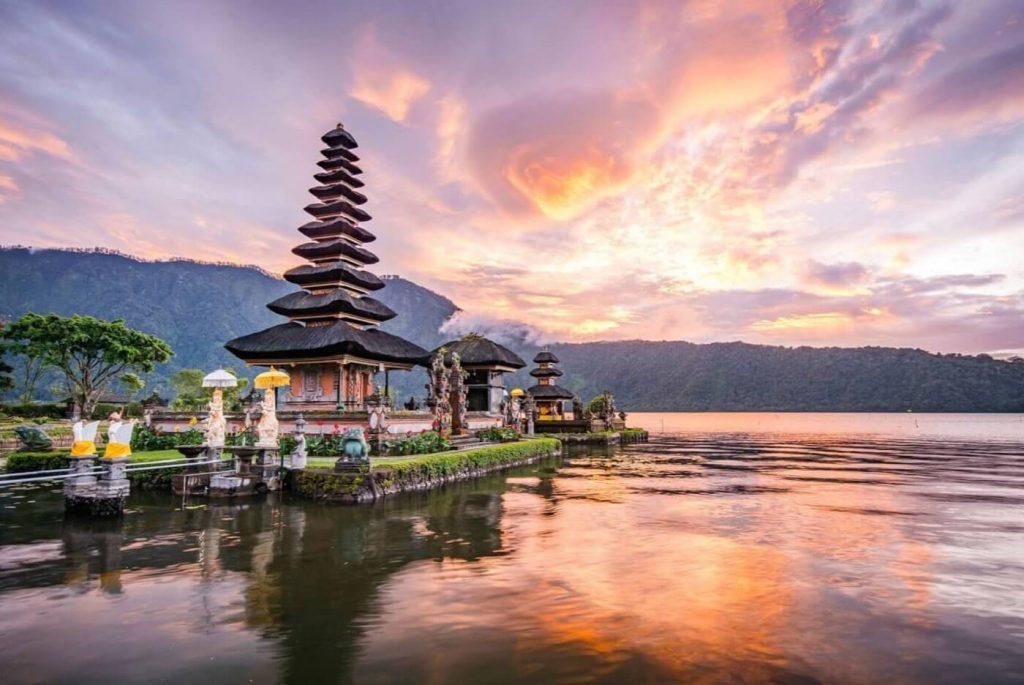 Paisagem de Bali - Templo de Pura